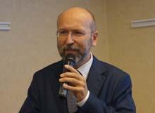 Dr Waldemar Jankowiak podczas konferencji prasowej poprzedzającej XVI Kongres Medycyny Estetycznej i Anti-Aging